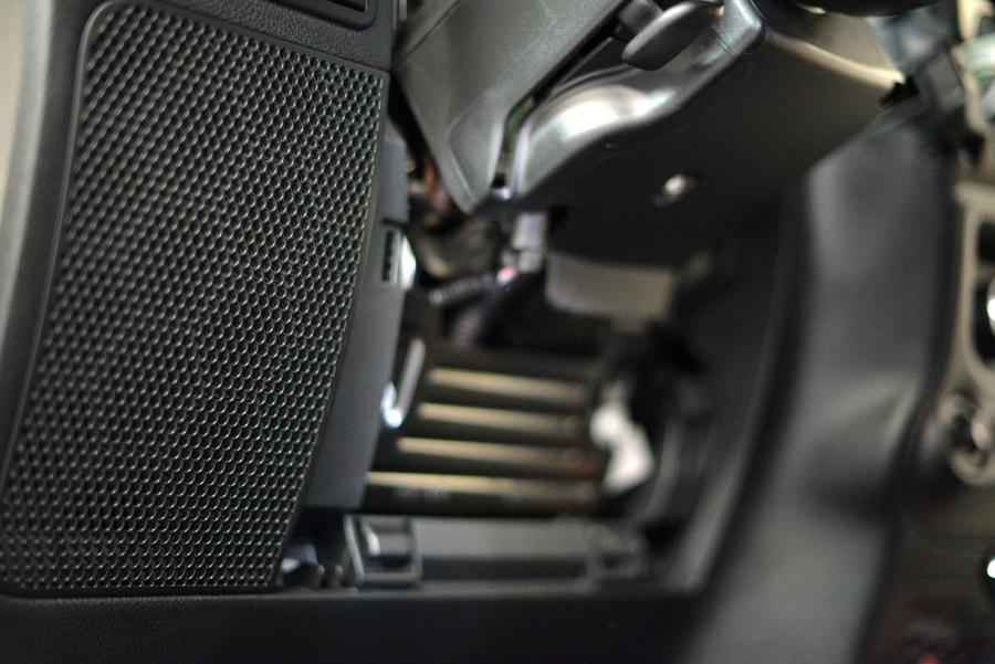 Jeep wrangler front speakers